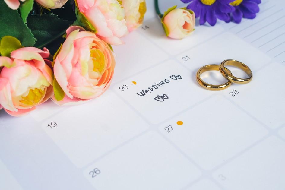 Coi ngày đẹp kết hôn, tổ chức đám cưới